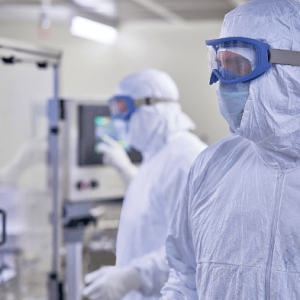 Cleanroom Launderable Garments